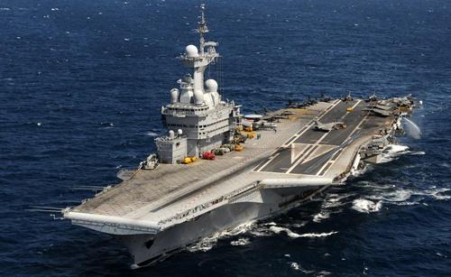 Charles de gaulle vliegdekschip frankrijk - Nuova portaerei ...
