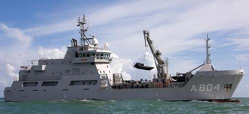 Zr.Ms. Pelikaan (A804) ondersteuningsvaartuig